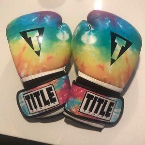 Title Boxing Women's 14oz tie dye boxing gloves